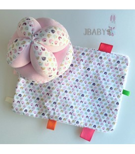 Pack Pelota Montessori  + Mantita sensorial Arcoíris rosa
